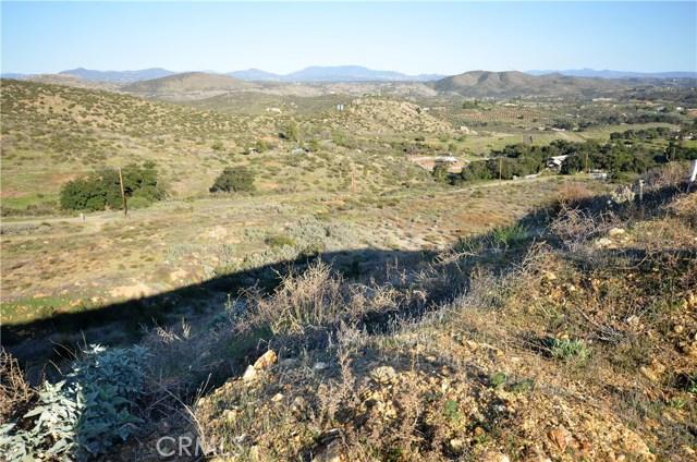 34634 Black Mountain, Temecula CA: http://media.crmls.org/medias/7907c552-2183-449e-9a07-01daae05ce7c.jpg