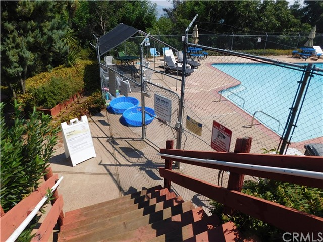 8420 Broadview Drive, Kelseyville CA: http://media.crmls.org/medias/79142a3e-f5ef-47b5-82d2-390b5bc82cd4.jpg