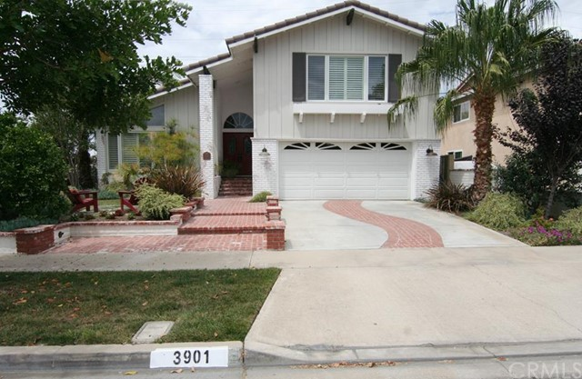 Single Family Home for Sale at 3901 Toland St Los Alamitos, California 90720 United States