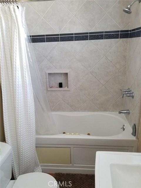 720 Winchester Avenue, Alhambra CA: http://media.crmls.org/medias/79165ca6-2344-47fe-9842-7910287da40d.jpg