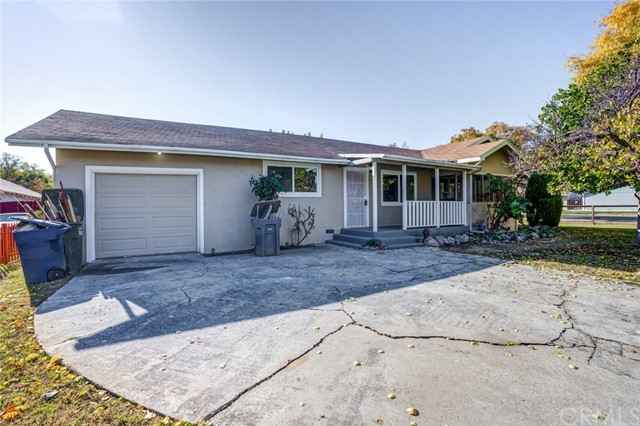 Detail Gallery Image 1 of 1 For 446 E Alexander Ave, Merced,  CA 95340 - 4 Beds | 2 Baths