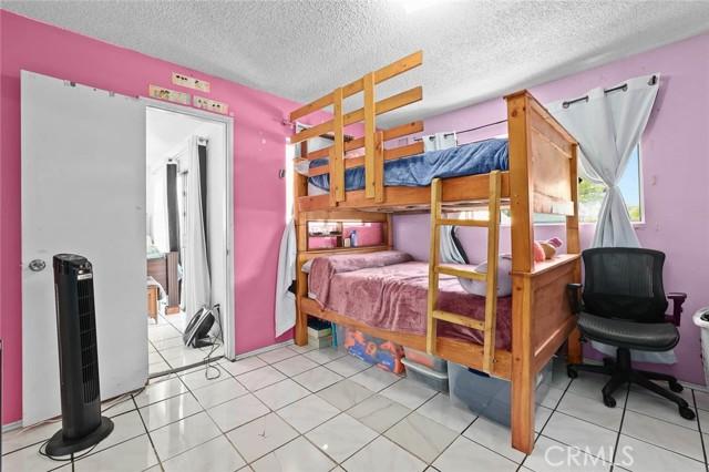 5682 ALDAMA Street, Highland Park CA: http://media.crmls.org/medias/79238842-00c7-40cd-9ad8-825f3f053358.jpg