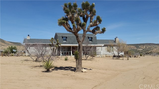 Single Family Home for Sale at 52983 Cottage Lane Pioneertown, California 92268 United States
