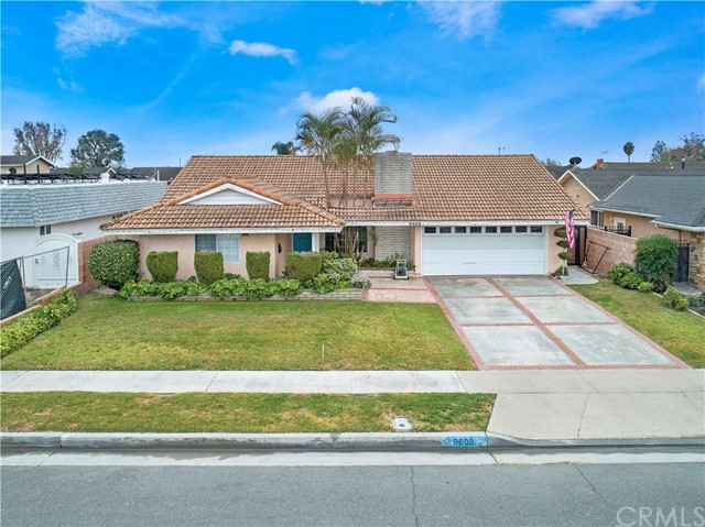 Detail Gallery Image 1 of 6 For 9608 Puffin Avenue, Fountain Valley,  CA 92708 - 7 Beds | 3/1 Baths