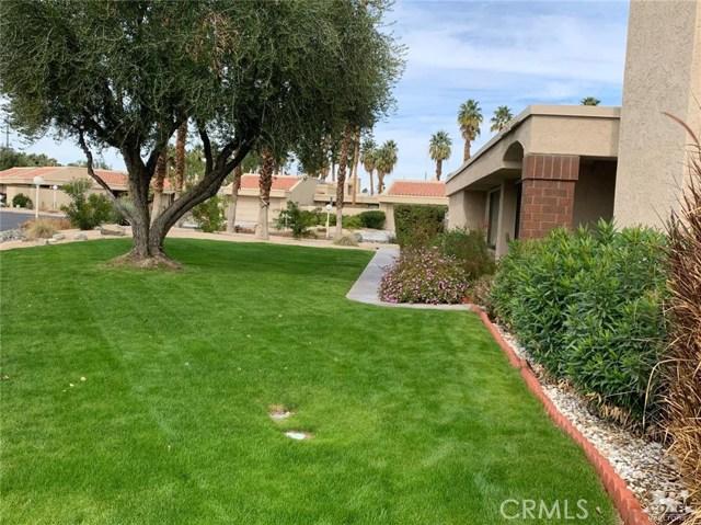 68107 Seven Oaks Drive, Cathedral City CA: http://media.crmls.org/medias/795a1b03-ec1a-483c-972b-24bfa7c4a6c9.jpg