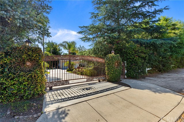 Photo of 18055 Wood Edge Lane, Riverside, CA 92504