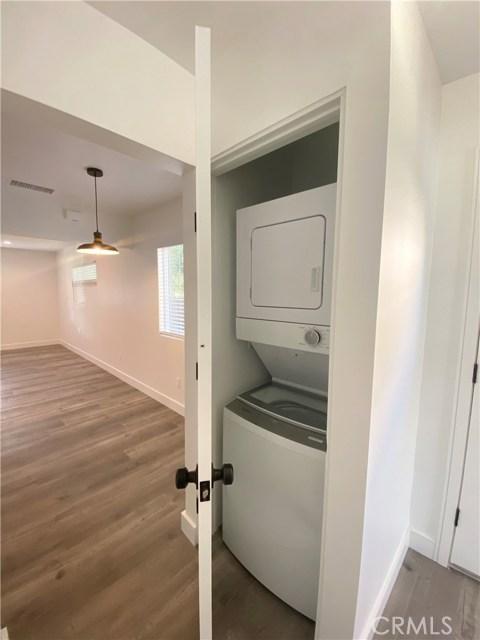 150 N Roberto Avenue, Los Angeles, California 91790, 1 Bedroom Bedrooms, ,1 BathroomBathrooms,Apartment,For sale,Roberto,DW20243699