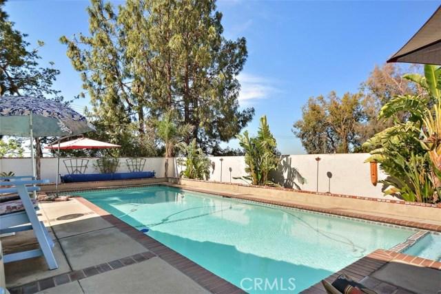 10425 Poplar Street, Rancho Cucamonga CA: http://media.crmls.org/medias/7977699b-27e3-448f-b848-1fdc4df27976.jpg