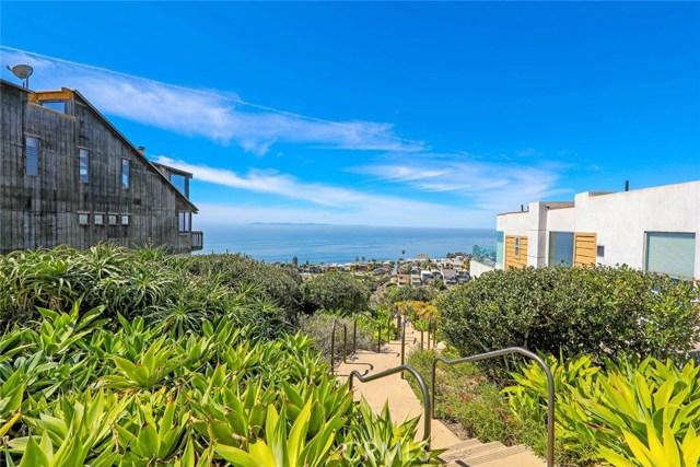 908 Quivera Street, Laguna Beach CA: http://media.crmls.org/medias/7988c322-3ec4-4fb2-9315-f3305469bb3f.jpg