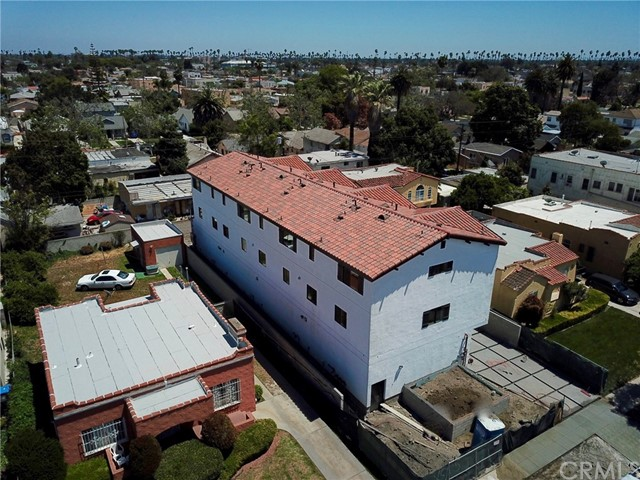 2910 12th Avenue Los Angeles, CA 90018 - MLS #: SB18106322