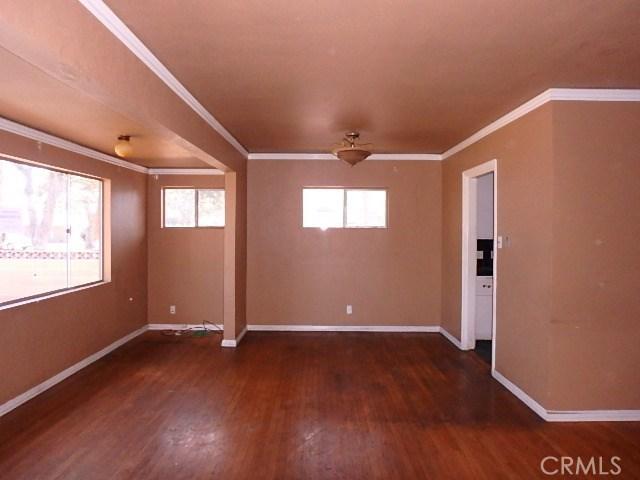 151 W Harcourt St, Long Beach, CA 90805 Photo 4