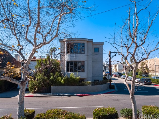 432 10th Place, Manhattan Beach, CA 90266