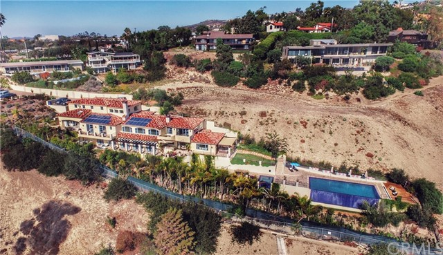 Single Family Home for Sale at 2095 Temple Hills Drive Laguna Beach, California 92651 United States