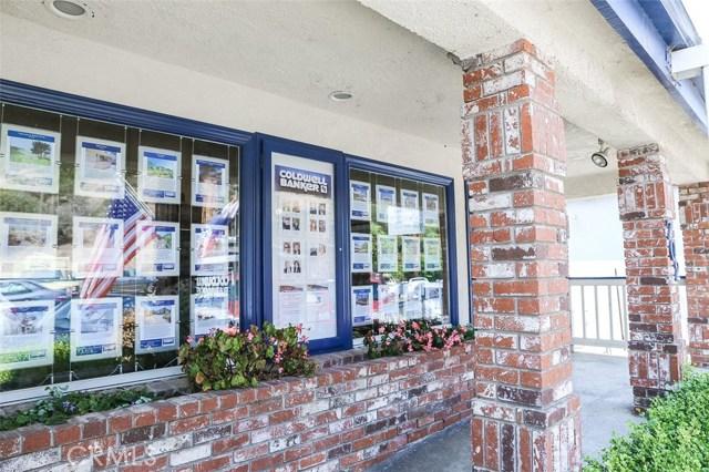 702 Main Street, Cambria CA: http://media.crmls.org/medias/79986660-097e-4cbf-9ccd-f797daee3ee5.jpg