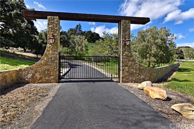 Property for sale at 3275 Long Valley Road, Santa Ynez,  California 93460