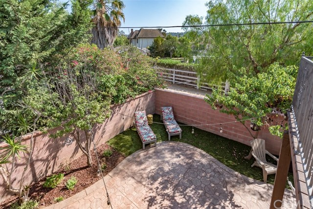 2706 Loftyview Drive, Torrance CA: http://media.crmls.org/medias/79acfc5e-a176-4cb8-8ee7-ad15a5cecab7.jpg