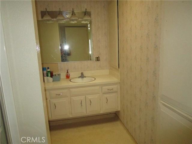 1420 Oakmont Rd. M6-#139A, Seal Beach CA: http://media.crmls.org/medias/79addf73-4b30-406f-83dc-f8d7699f5310.jpg