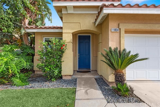 11854 Cedarbrook Place, Rancho Cucamonga CA: http://media.crmls.org/medias/79b7a746-8bd7-4092-8ec9-baeabbbbcf37.jpg