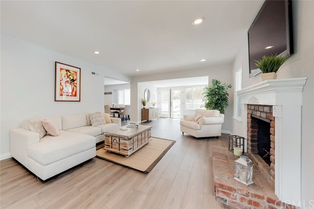 609 Hendrix Avenue Claremont, CA 91711 - MLS #: SW18172072