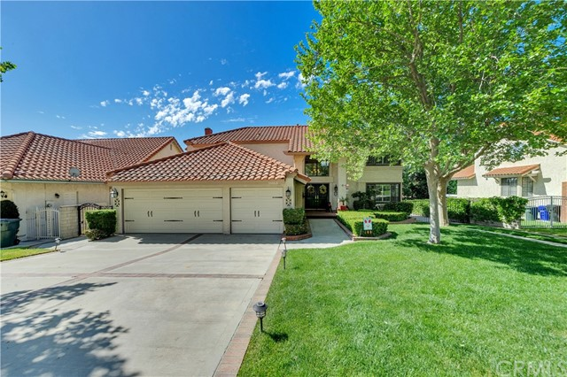 Detail Gallery Image 1 of 49 For 11053 Stone River Dr, Rancho Cucamonga, CA, 91737 - 3 Beds | 2/2 Baths