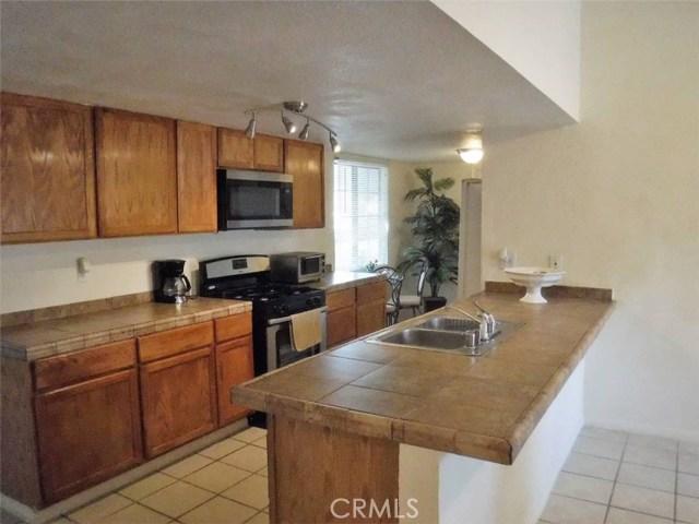 684 Lancewood Avenue,Rialto,CA 92376, USA
