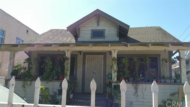 904 42Nd Place, Los Angeles, CA 90011