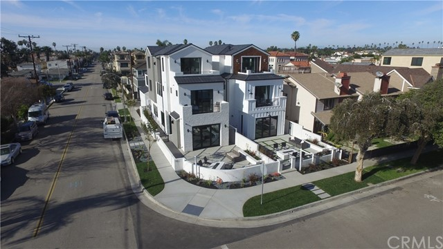 303 12th Huntington Beach, CA 92648 - MLS #: OC18020067