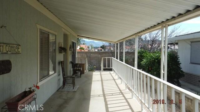 1466 Bishop Drive, Hemet CA: http://media.crmls.org/medias/7a0f6e69-fa08-4f46-8d2e-7ac29437ce48.jpg