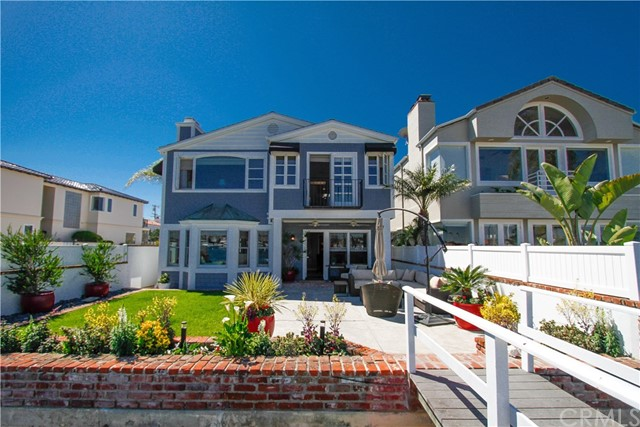 Single Family Home for Sale at 1400 Bay Avenue W Newport Beach, California 92661 United States