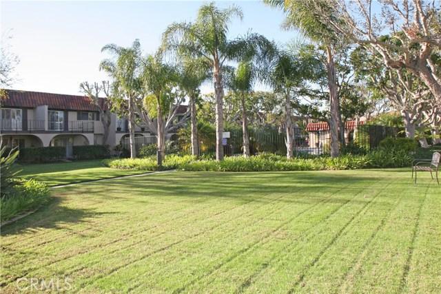 3024 Club House Circle, Costa Mesa CA: http://media.crmls.org/medias/7a1868db-d4d1-4293-8242-94cc4ec15095.jpg
