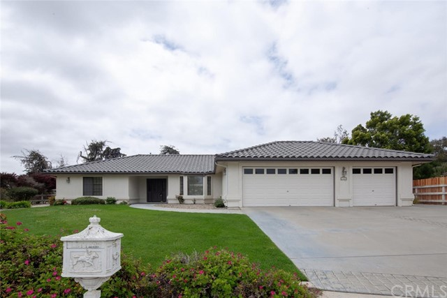 Property for sale at 1461 Foxenwood Drive, Orcutt,  California 93455