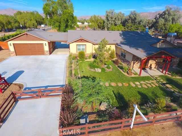 3563 Valley View Avenue, Norco CA: http://media.crmls.org/medias/7a258fb9-9d25-4ed3-9a67-81dec2ec3ba9.jpg