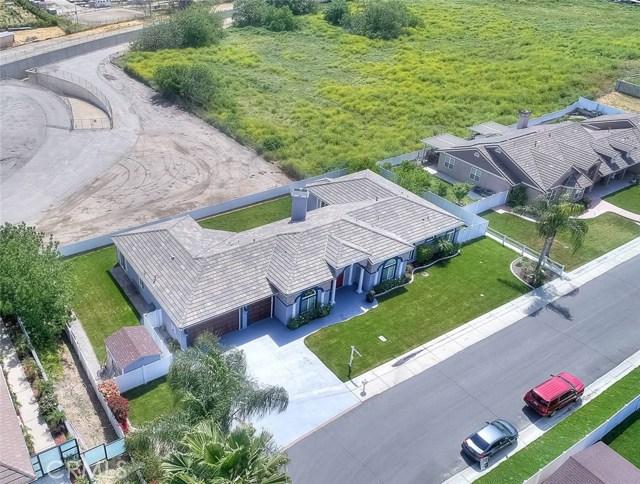 3186 Riverside Terrace, Chino CA: http://media.crmls.org/medias/7a298ebf-f1cf-4a52-bd0b-634d85ef0579.jpg