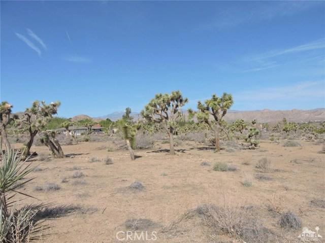8040 Sage Avenue, Yucca Valley CA: http://media.crmls.org/medias/7a2d8d12-2c73-4942-abf9-2a337d470125.jpg