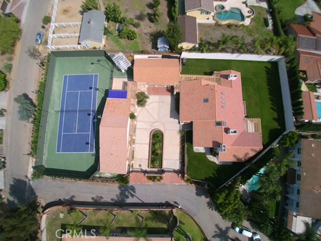 Casa Unifamiliar por un Venta en 7690 E Eucalyptus Way Anaheim Hills, California 92808 Estados Unidos