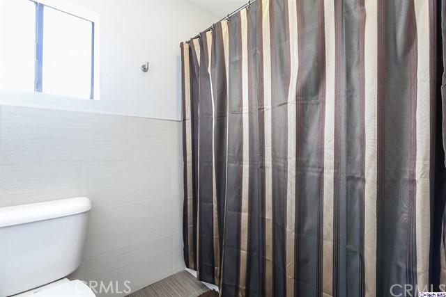 2809 Montrose Avenue, Glendale CA: http://media.crmls.org/medias/7a42942a-8ac3-4443-8005-6b3ddc1be3d9.jpg