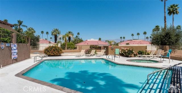 46375 Ryway Place, Palm Desert CA: http://media.crmls.org/medias/7a482434-3bf2-4fbb-be17-e539e2b86805.jpg