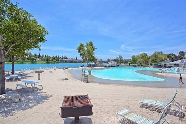 67 Woodleaf, Irvine, CA 92614 Photo 24