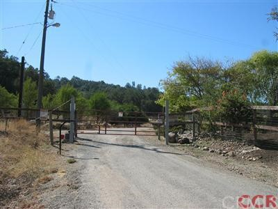 8405 Fawn Lane, Paso Robles CA: http://media.crmls.org/medias/7a831403-f5bd-48d0-8f29-23455bdcf2a8.jpg