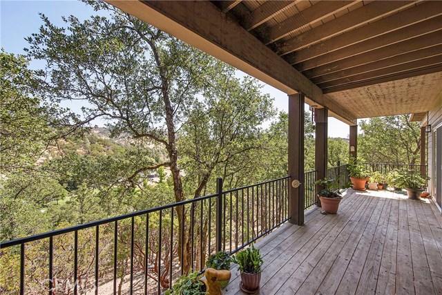 19438 Donkey Hill Road, Hidden Valley Lake CA: http://media.crmls.org/medias/7a831523-d839-4038-a4d8-f53775502f6d.jpg
