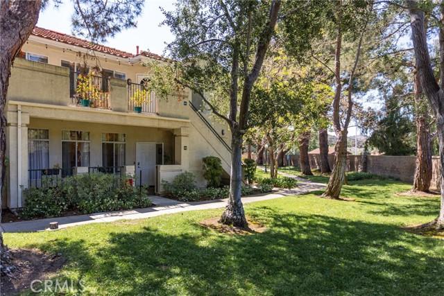 239 Cinnamon Teal, Aliso Viejo CA: http://media.crmls.org/medias/7aa19e99-a3dc-414f-9c36-5011edf7144b.jpg
