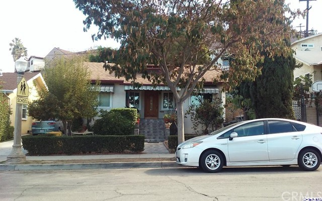 Single Family Home for Rent at 1018 Tyler Street Glendale, California 91205 United States