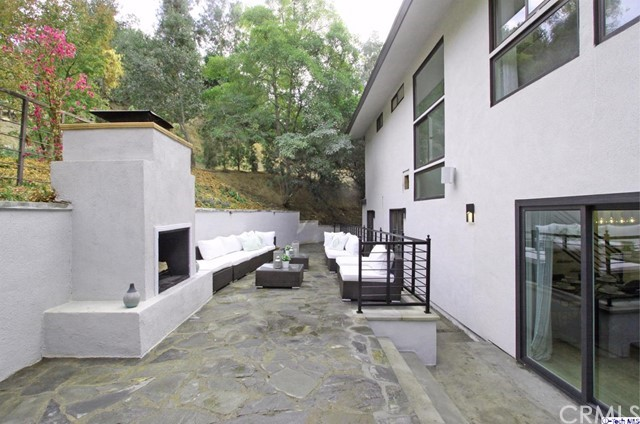 1303 Glen Oaks Boulevard Pasadena, CA 91105 - MLS #: 317007164