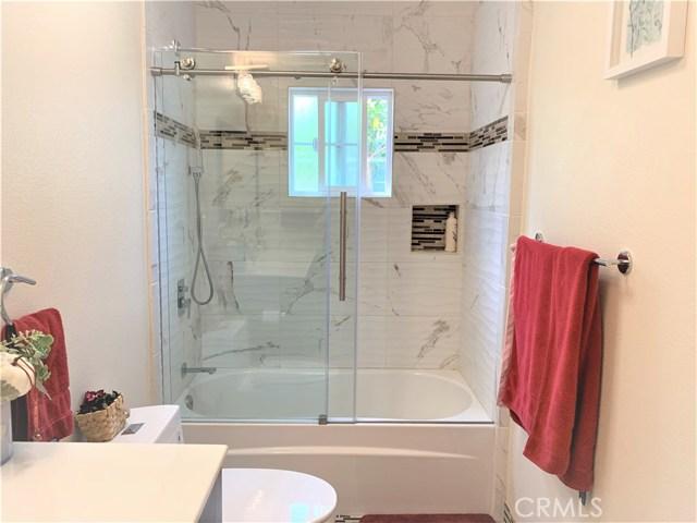 1200 W 226th Street, Torrance CA: http://media.crmls.org/medias/7aaa8a98-3541-4e7c-b270-eefe89a1c93d.jpg
