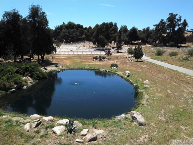 39655 AVENIDA LA CRESTA, Murrieta CA: http://media.crmls.org/medias/7abc9f00-e3eb-4559-98f5-06dc5b7950d1.jpg
