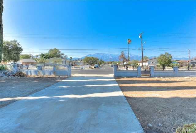 8373 9th Street, Rancho Cucamonga CA: http://media.crmls.org/medias/7ac09acb-a20b-4273-94ea-eea4e41bab60.jpg
