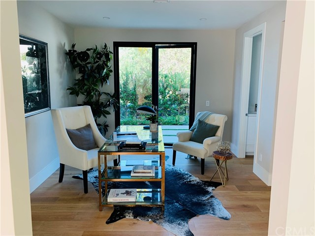 3020 Dona Emilia Drive, Studio City CA: http://media.crmls.org/medias/7ad32b90-1339-44fe-ad54-e97f1f124822.jpg