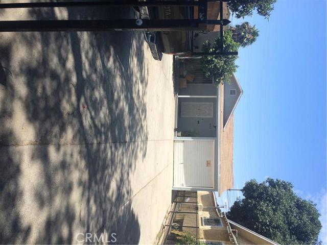 1525 56Th Street, Los Angeles, CA 90011