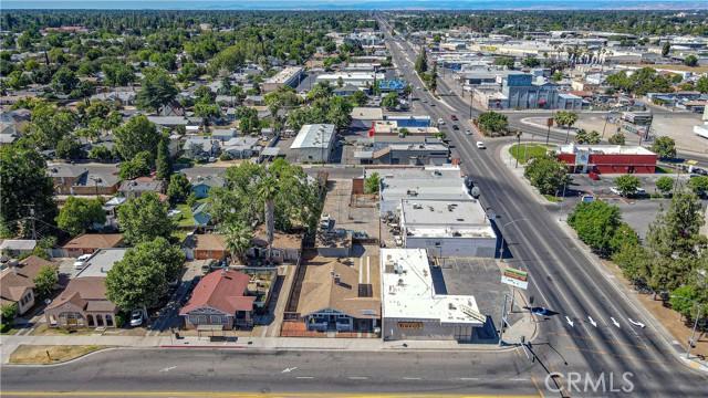 1625 E Olive Avenue, Fresno CA: http://media.crmls.org/medias/7ae1f6ee-d107-4451-84d1-a0ad64ecdc06.jpg