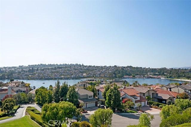 Single Family Home for Sale at 22725 Barlovento Mission Viejo, California 92692 United States